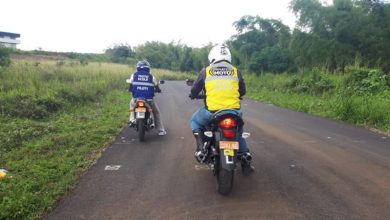 Photo of Les moniteurs de moto-école attendent leurs élèves